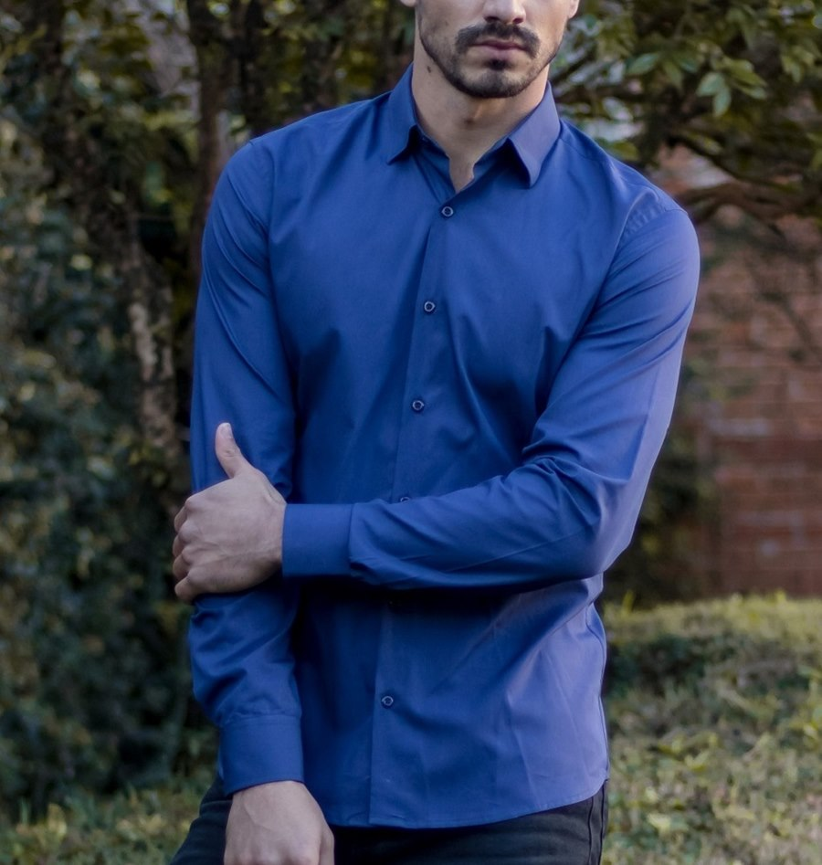 83d676ecaa Camisa social azul marinho manga longa masculina - Theodoro Camisaria